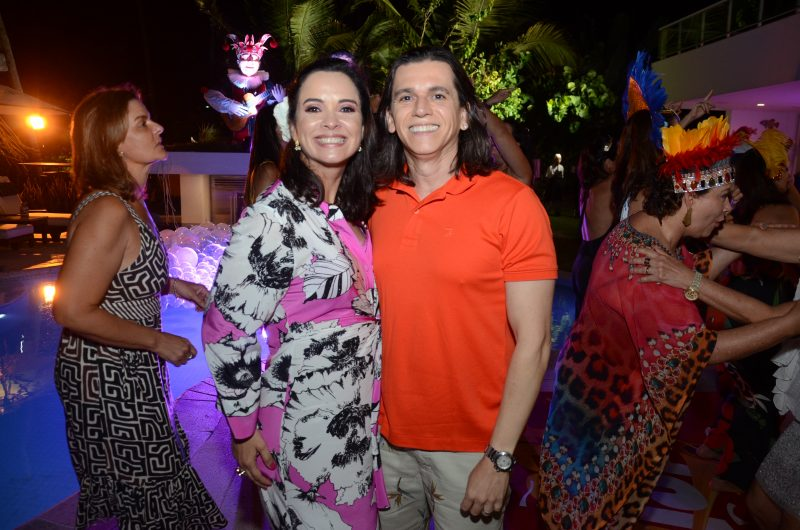 Andrea Pinheiro Perez em papo com o amigo, o arquiteto Turíbio Santos. Foto: Gaúcho Aerorec