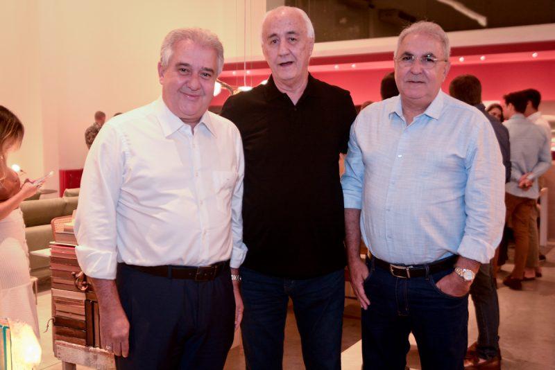 O deputado federal Augusto Coutinho, João Bravo e Enoch Coutinho. Foto: Jose Britto