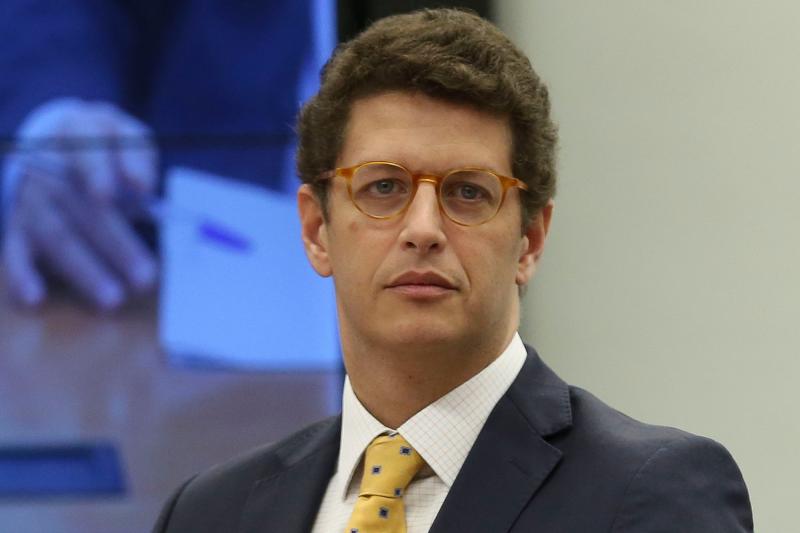 A pasta, comandada por Ricardo Salles sofrerá um corte de R$184,4 milhões em seu orçamento