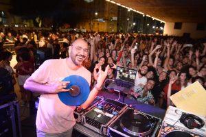 DJ 440 agita a Terça do Vinil no Cais do Sertão - Foto: Jose Britto/FOLHAPE