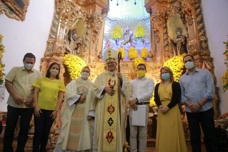 Câmara e Julio prestigiam Festa de Nossa Senhora do Carmo