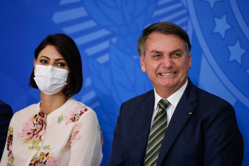 Avó de Michelle Bolsonaro morre vítima da Covid-19