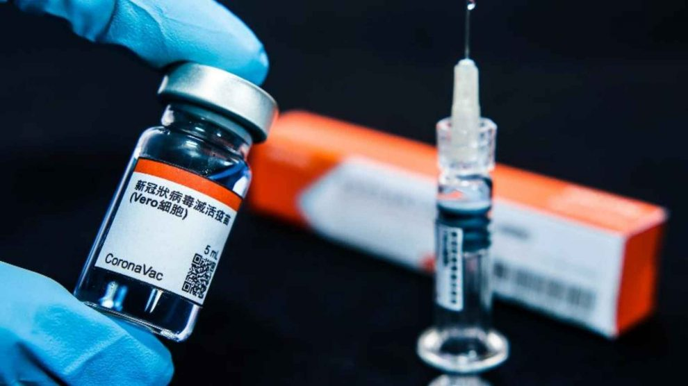 Butantan deve entregar 45 milhões de doses de vacina até dezembro