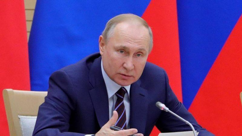 Rússia registra primeira vacina contra coronavírus