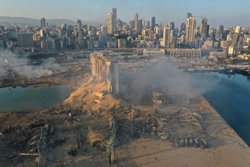 Governo do Líbano sabia do risco de explosão, afirma rede de TV