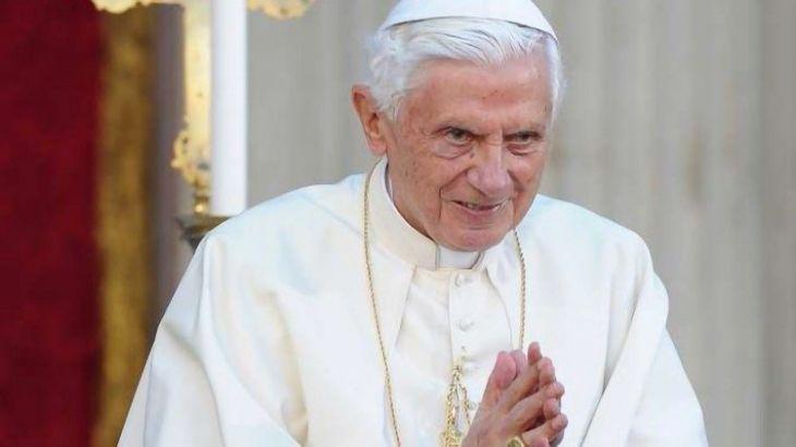 Bento XVI está com saúde extremamente frágil, afirma jornal alemão