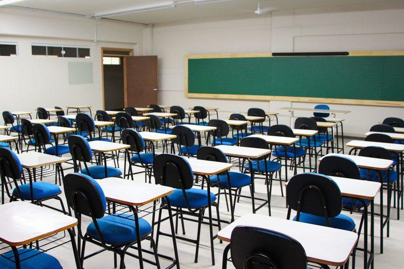 Alunos poderão retornar às aulas presenciais a partir do dia 6 de outubro