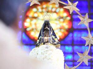 Fiéis celebram o Dia da Padroeira na Basílica de Aparecida