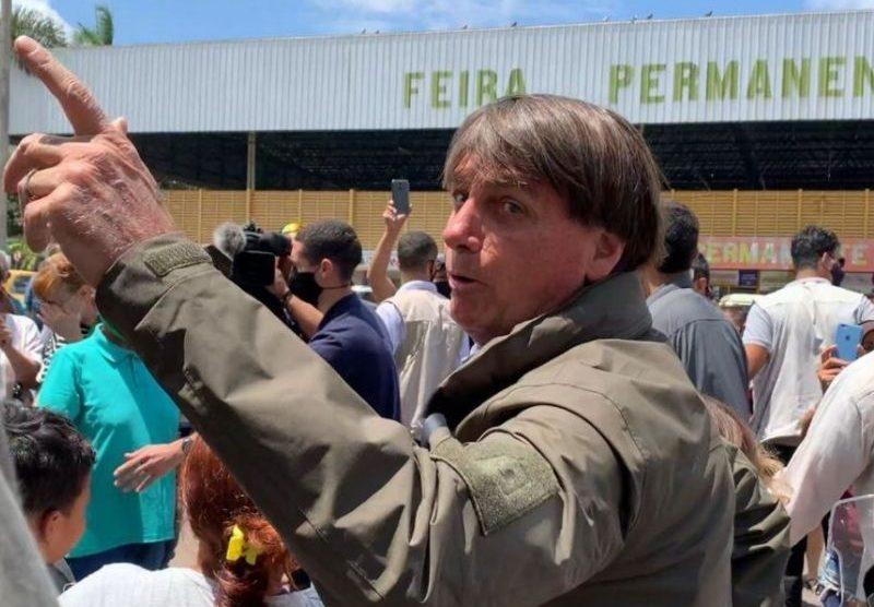 Bolsonaro manda homem comprar arroz na Venezuela após queixa