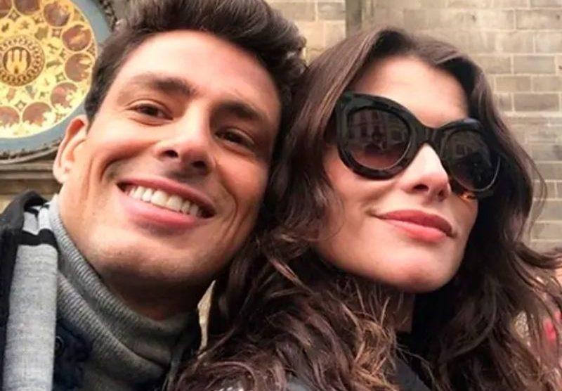 Cauã abre o jogo sobre papel ao lado da ex-namorada, Alinne Moraes