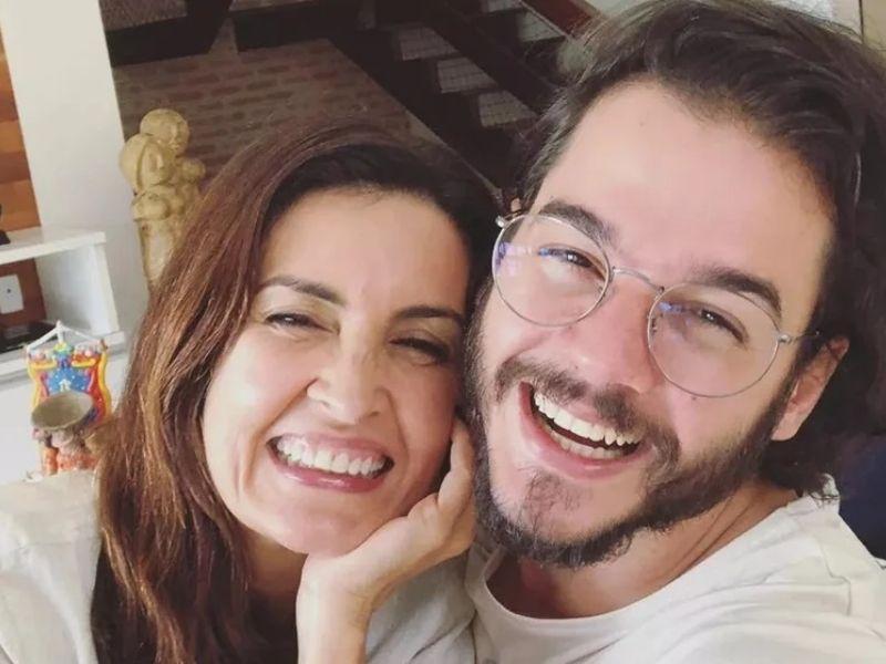 Fátima Bernardes se declara para Túlio no aniversário do amado