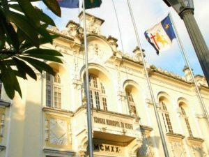 Festa de posse de vereadores e prefeitos eleitos está em xeque