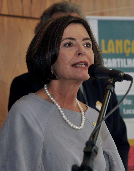 Ana Arraes é primeira mulher a ocupar o cargo no TCU