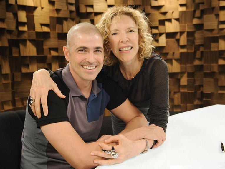Reynaldo Gianecchini e Marília Gabriela relembram casamento