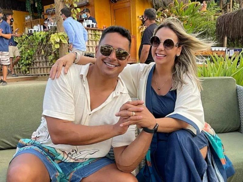 Carla Perez e Xanddy se encantam em primeira viagem a Noronha