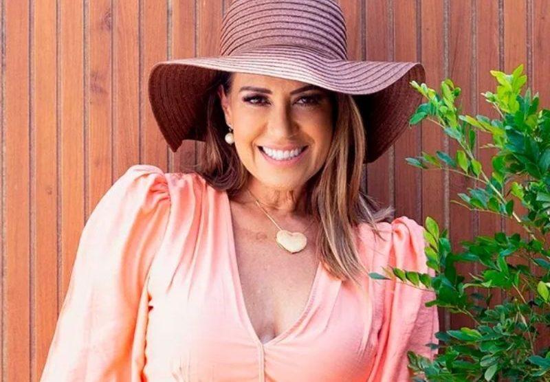 """""""Achando maravilhosa a fase da maturidade"""", diz Solange Frazão"""